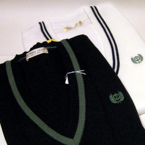 落合第二中学校指定Vセーター・ベスト